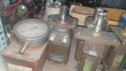VICKERS 유압모터 [CR-23-4PT4-30-JA-J]