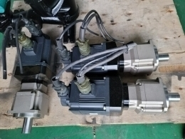 MITSUBISHI AC서보모터 [HC-SFS102B]