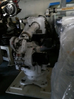 산업용로봇, 야스카와로봇, CR130, 다관절로봇, 6관절로봇, 용접로봇, 핸들링로봇, 파레타이징로봇,
