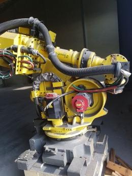 중고로봇, R2000iA  210F, 중고로보트, 산업용로봇, 로봇자동화, 로보트자동화, 화낙로봇
