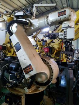 중고로봇, KR125/2, 중고로보트, 산업용로봇, 로봇자동화, 쿠카로봇, KUKA로봇,