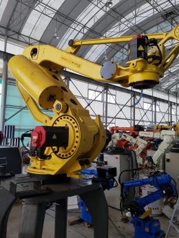중고로봇, M410iB/300, 중고로보트, 산업용로봇, 파레타이징로봇,  적재로봇, 화낙로봇, 화낙로보트