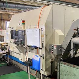 오쿠마 MAC TURN 30W CNC 터닝 밀링 머신 (2001년식)