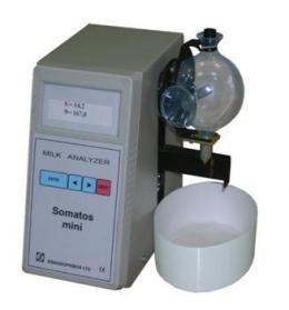"The analyzer of somatic cells in milk (우유 체세포수 측정기)""Somatos Mini"""