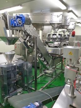 조합식계량기3대 와 서보 버티칼 포장기로하는 계량포장시스템