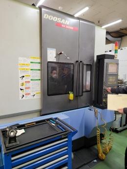 두산 NX5000D , 고속가공기 ,수직머시닝센터 (판매완료)