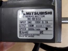 MITSUBISHI AC서보모터 IN:3AC 105V 0.7A OUT:100W 3000r/min 0.6KG HC-KFS13