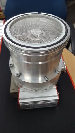 Pfeiffer Vacuum TMH 262-005 Turbomolecular Pump & TC100