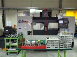 수직머시닝센터,중고수직머시닝센터,LCV500L 10K 2016 칩컨베이어 AICC2 DATASERVER