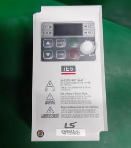 LS SV002IE5-2C 인버터 삼상 220V