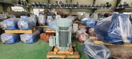 효성 버티컬 모터 175HP*6P*60HZ*440V